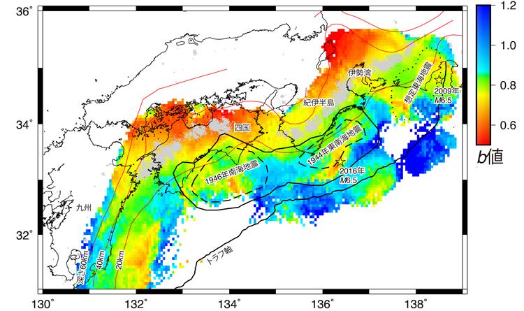 南海トラフ沿いのb値の空間分布
